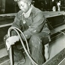 512px-African_American_worker_Richmond_Shipyards