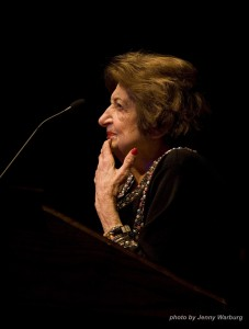Helen Thomas speaks at Duke on Super Tuesday