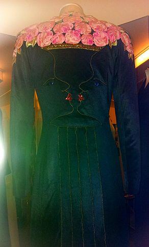 292px-1938_coat_designed_by_Elsa_Schiaparelli_and_Jean_Cocteau