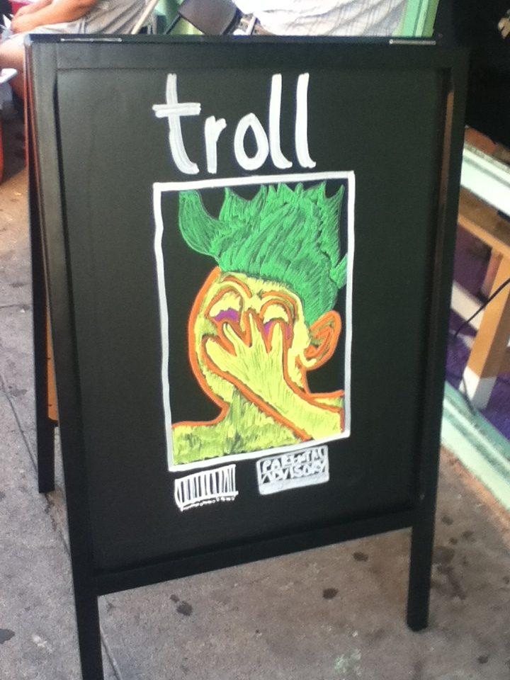trollhole1-1