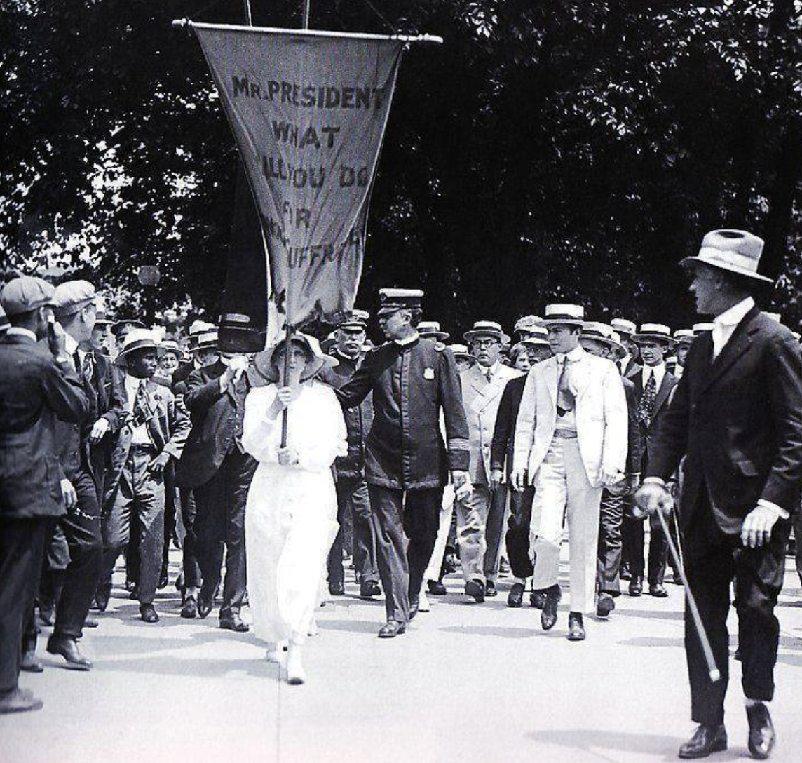 """Today in Feminist History: The """"Silent Sentinel"""" Suffragists Imprisoned (June 27, 1917)"""