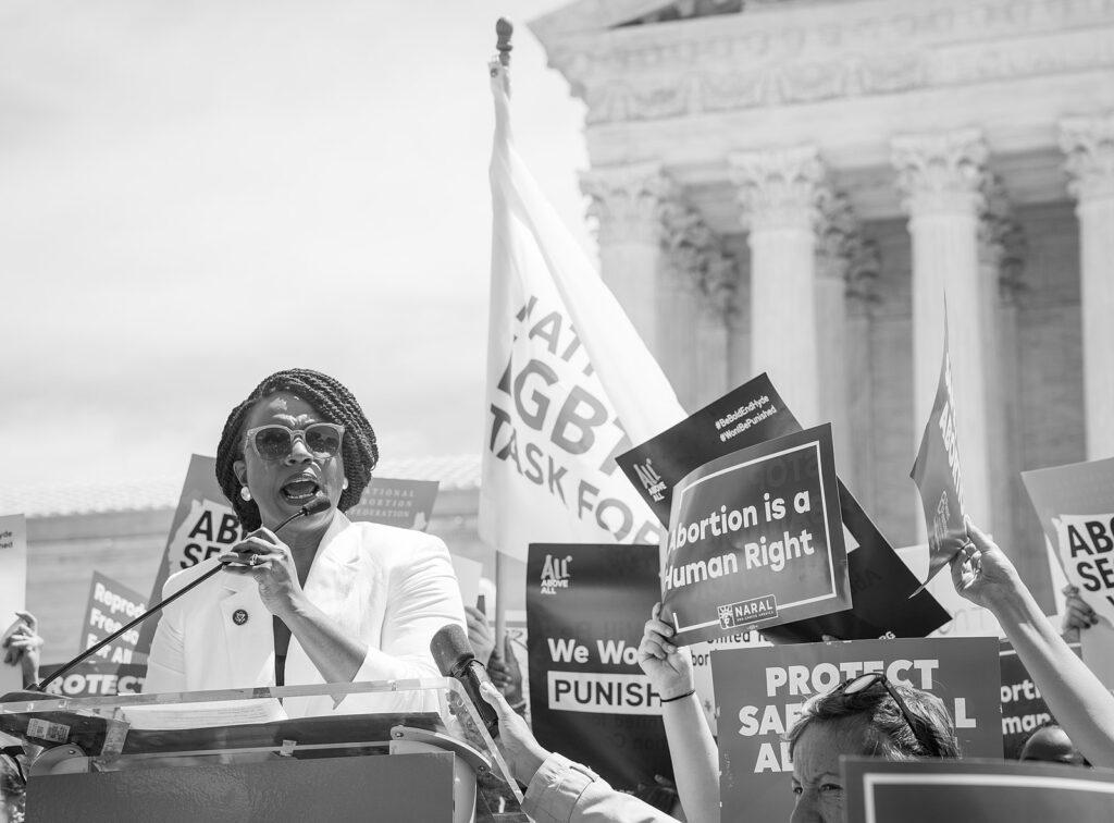 Hyde Amendment; Black Women to Democrats: Defend Our Rights!