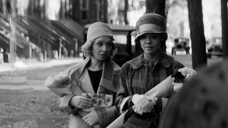 """Sundance 2021: """"Passing""""—Rebecca Hall's Adaptation of Nella Larsen Novel—Questions How We Understand and Embody Race"""