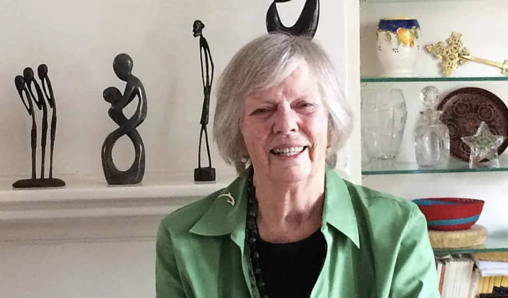 The UN's First Feminist, 'Peg' Snyder, Is Dead at 91