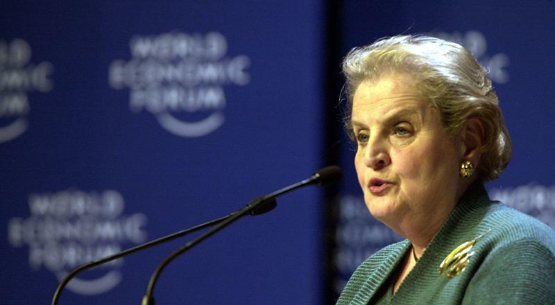 Madeleine Albright.  Kabindeki Kadınlar: Çok İlerleme Yapıldı, Ama Daha Gidilecek Uzun Bir Yol Var