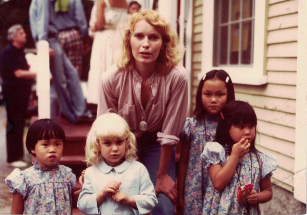 incest-child-abuse-woody-allen-v-farrow-interview-amy-ziering-director