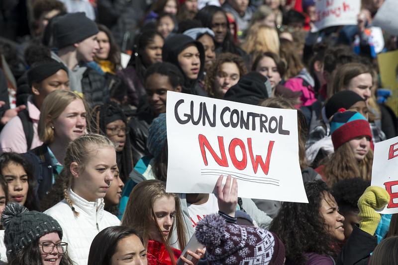 end-gun-violence-women-guns-violence