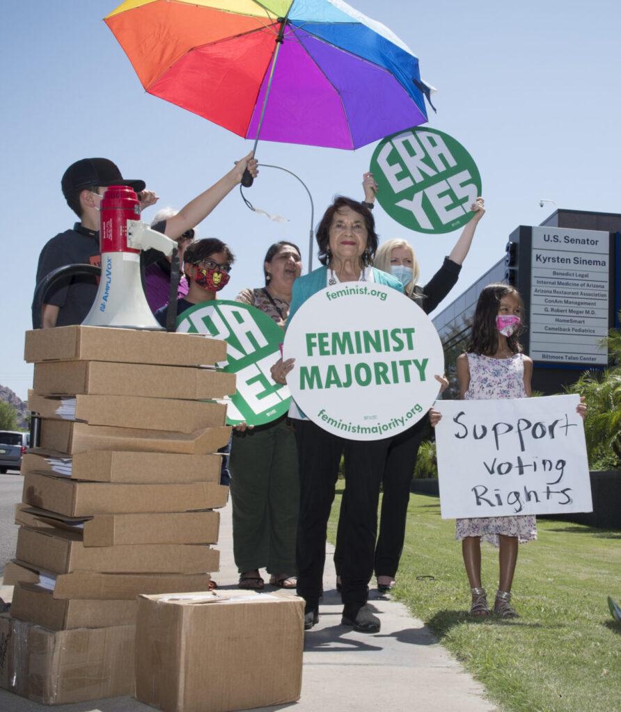 kyrsten-sinema-filibuster-equal-rights-amendment-era-arizona
