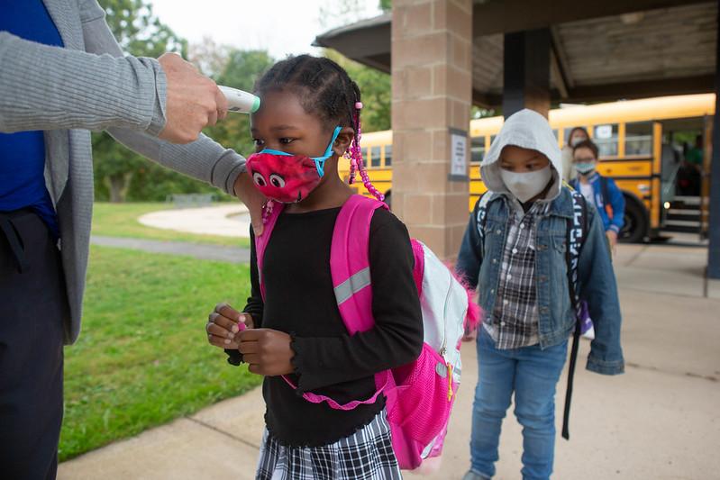 school-mask-vaccine-mandate-working-mom-jobs-health