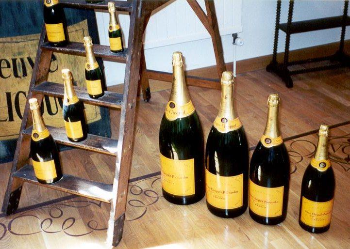 champagne-women-feminist-barbe-nicole-veuve-clicquot